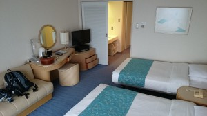 大磯プリンスホテルの部屋の逆サイド。宿泊した部屋は改装されていてキレイでした。