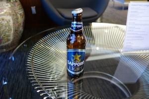 UAのファーストクラスラウンジにあった珍しいサッポロビール。