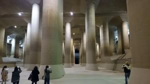 まさに、首都圏外郭放水路の調圧水槽は地下神殿