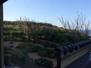 洲崎灯台がすぐそこに。