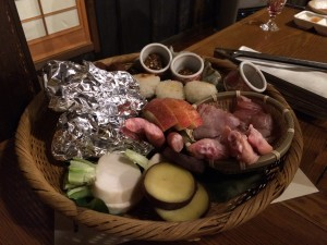 今回の晩御飯は鉄板焼スタイル。自分好みに焼けて楽しいw
