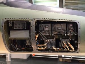 F-4ファントムの実物の各パーツを見ることができるエリア。写真を撮りまくるw