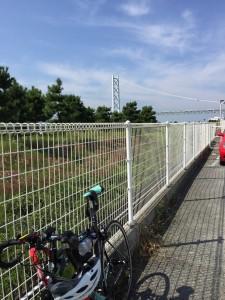 明石海峡大橋は残念ながら自転車は渡れません。今回調べるまで渡れると信じてました。