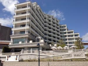 ホテル ラ・スイート神戸ハーバーランドは全室オーシャンビューでジャグジー付きです。