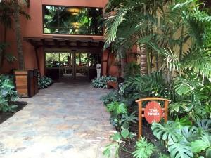 アウラニの'EWAタワーに、最終日に宿泊した、デラックス・スタジオのプールサイドガーデンビューがあります。