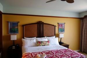 アウラニ 2ベッドルーム・ヴィラのベッドルーム1つめ。