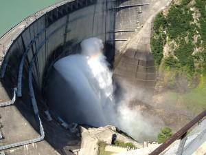 そして観光放水の図をもう一枚w