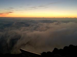 日の出前もまた絶景です。