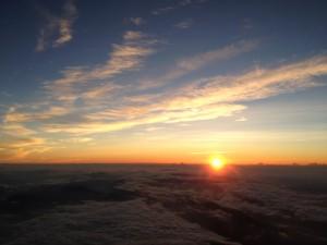 徐々に登るお日様。