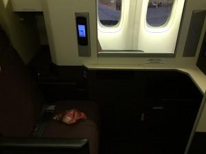 JAL SKY SUITE (スカイスイート)のシート。