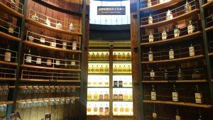 ジャパニーズ以外にも世界のウイスキーが展示されています。