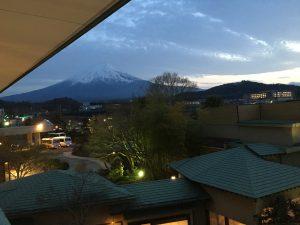お部屋から富士山を望む事が出来ました。