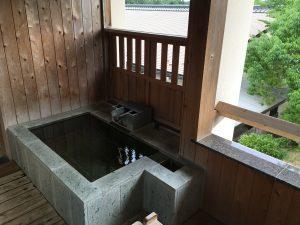 旅の醍醐味、部屋露天風呂。今回もグッドチョイス!
