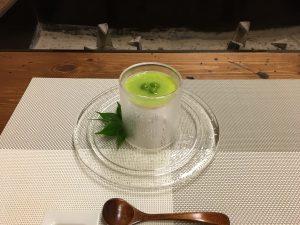 前菜は涼しげな茶碗蒸しから。