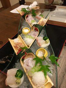 お造りは新鮮なお魚で美味しかった!