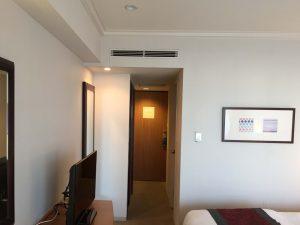 神戸メリケンパークオリエンタルホテル みなとまちViewシーフィルダブル、部屋の奥から入り口方面。