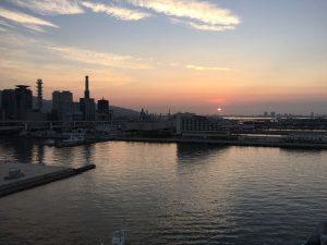 神戸メリケンパークオリエンタルホテル みなとまちViewだから見える朝日。