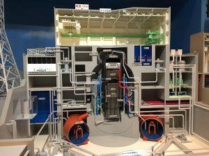 原子炉の模型。浜岡原子力発電所は沸騰水型ですね。