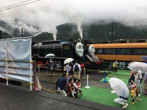 子供に大人気の機関車トーマス達もいました。